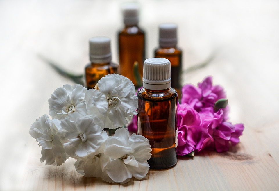 essential-oils-1433692_960_720